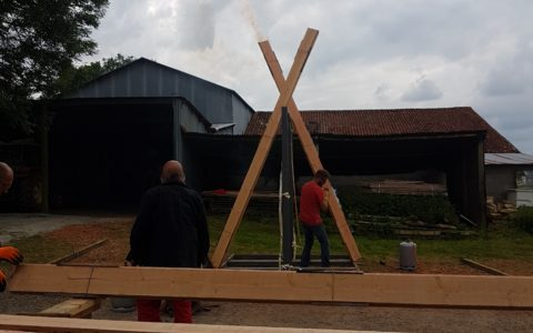 Tehcnique Shou Sugi Ban bois brulé japonais en chantier participatif Nouvelle Aquitaine par Bois et Paille (7)